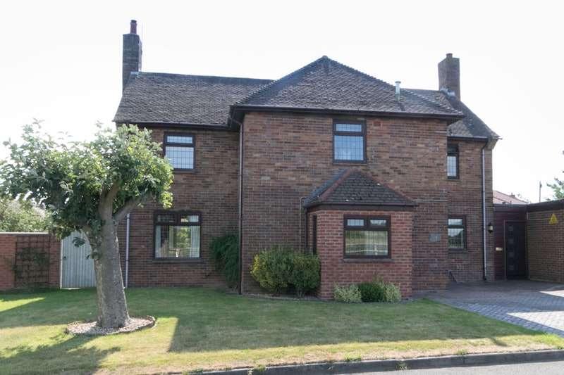 4 Bedrooms Link Detached House for sale in Little Roodee, Deeside, Flintshire, CH5