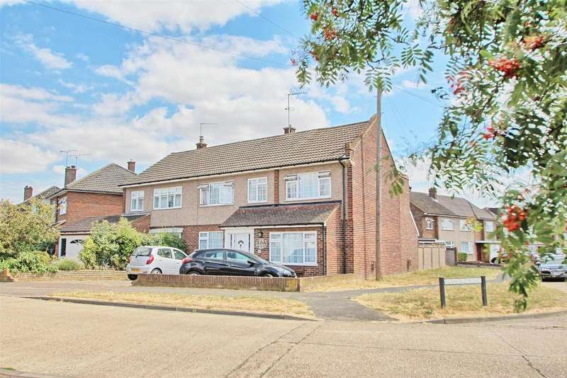 5 Bedrooms Semi Detached House for sale in RUSHFIELD ROAD, WARE - HUGE FAMILY HOME