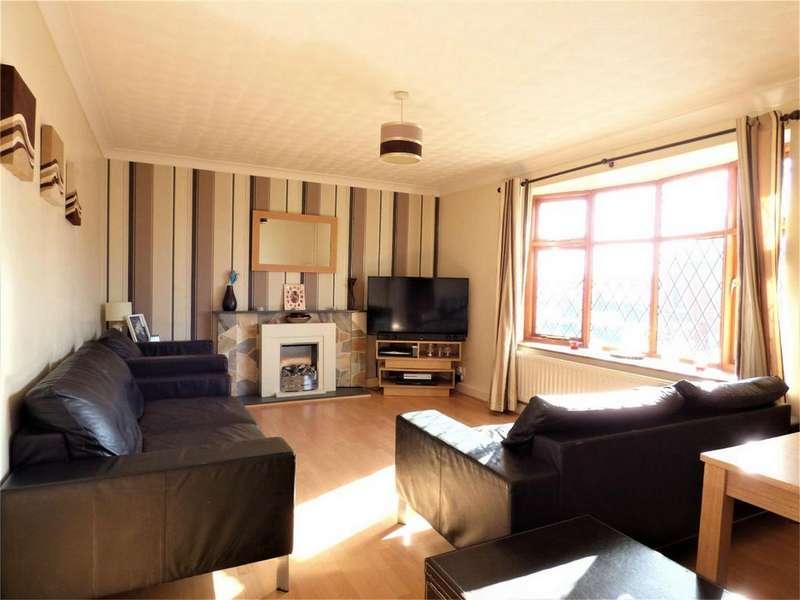 2 Bedrooms Detached Bungalow for sale in Chatburn Street, BLACKBURN, Lancashire