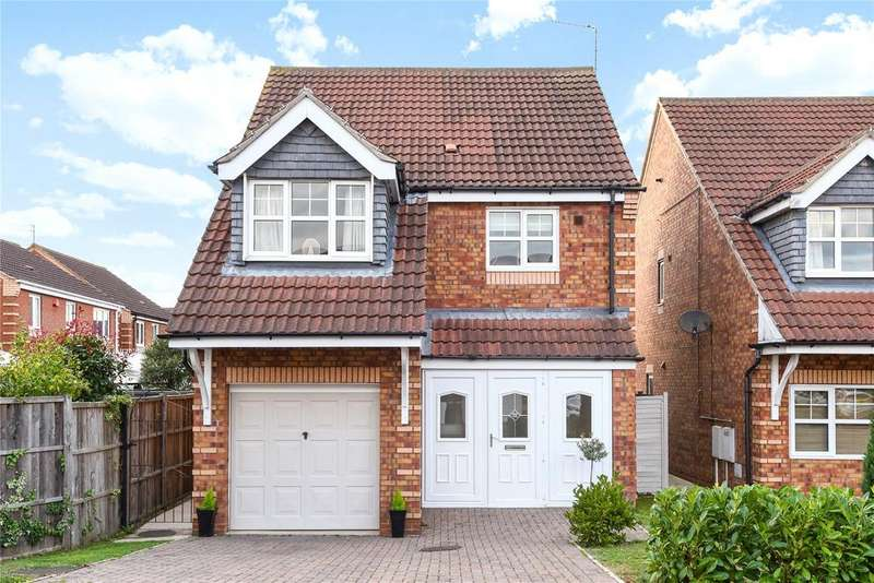 4 Bedrooms Detached House for sale in Rivermead, Lincoln, LN6