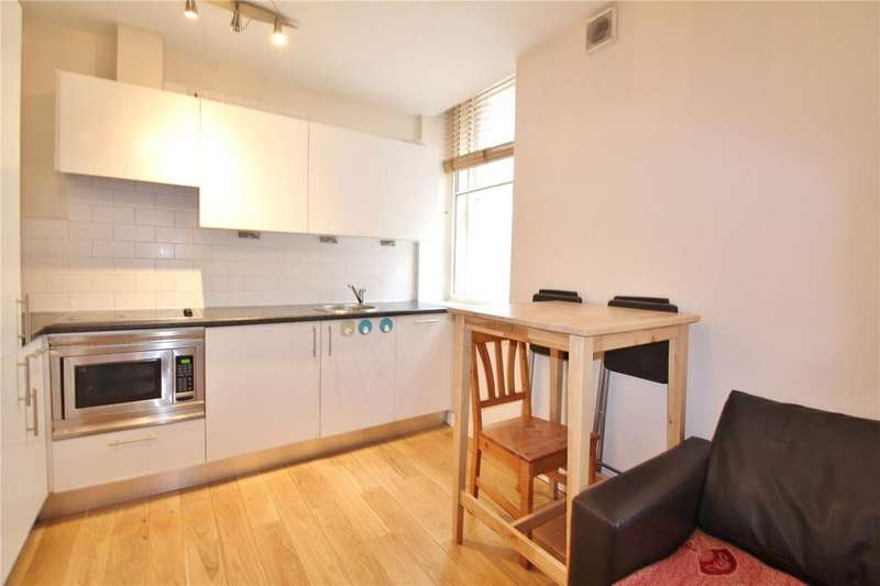 2 Bedrooms Apartment Flat for sale in Crusader House, 12 St. Stephens Street, Bristol, Somerset, BS1
