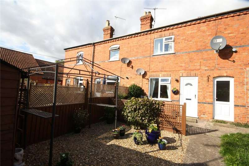 2 Bedrooms Terraced House for sale in Liverpool Cottages, Westgate, Sleaford, Lincolnshire, NG34