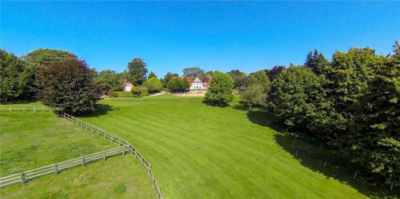 5 Bedrooms Equestrian Facility Character Property for sale in Englefield Park, Coopers Hill Lane, Englefield Green, Egham, TW20