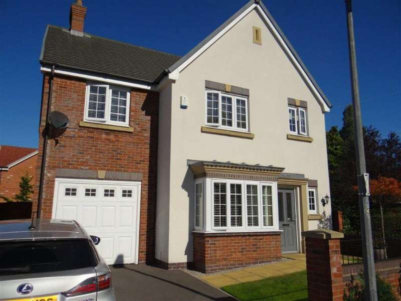 4 Bedrooms Detached House for sale in Hand Lane, Leigh, Lancashire