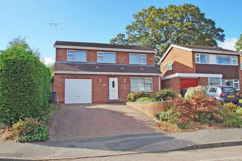 5 Bedrooms Property for sale in Foredrift Close, Redditch