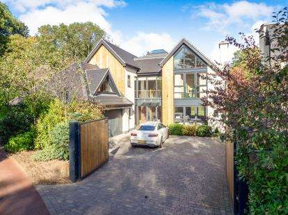 5 Bedrooms Detached House for sale in Old Main Road, Bulcote, Nottingham, Nottinghamshire