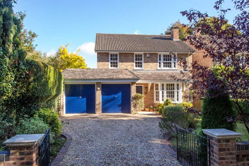 4 Bedrooms Detached House for sale in St Peters Avenue, Caversham Heights