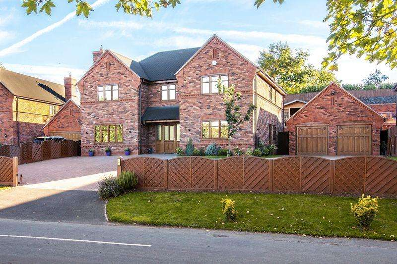 5 Bedrooms House for sale in Rake Hill, Burntwood