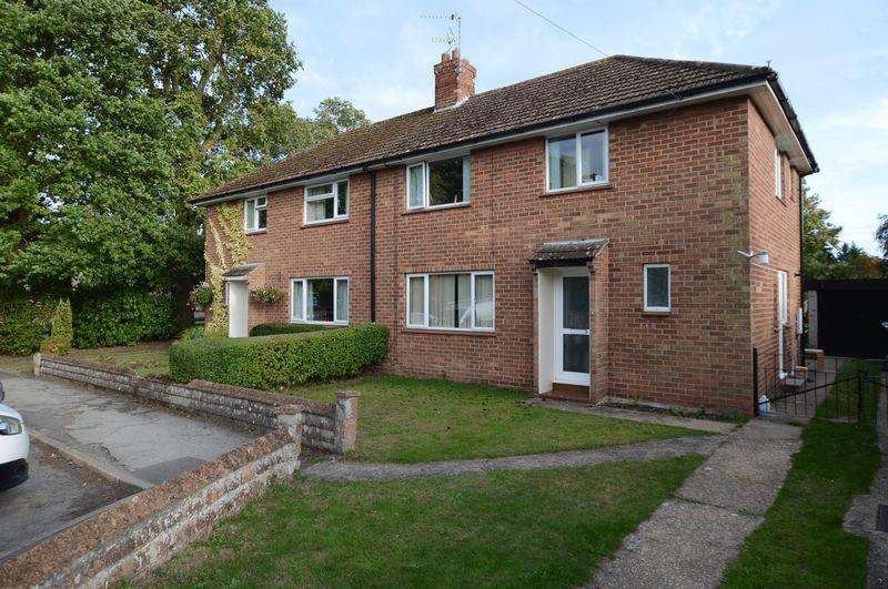 3 Bedrooms Semi Detached House for sale in 7 King Edward Crescent, Woodhall Spa