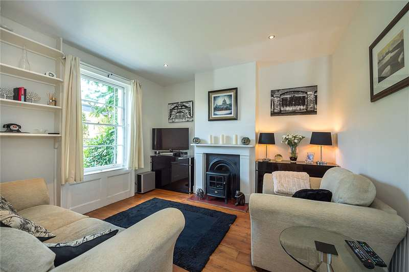 2 Bedrooms Terraced House for sale in Cavendish Road, London, SW12