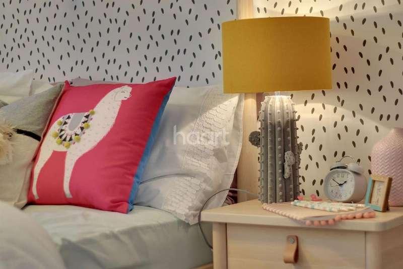 4 Bedrooms Detached House for sale in Tadpole Garden Village