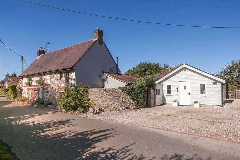 4 Bedrooms Detached House for sale in Wylye Road, Hanging Langford, Salisbury, SP3