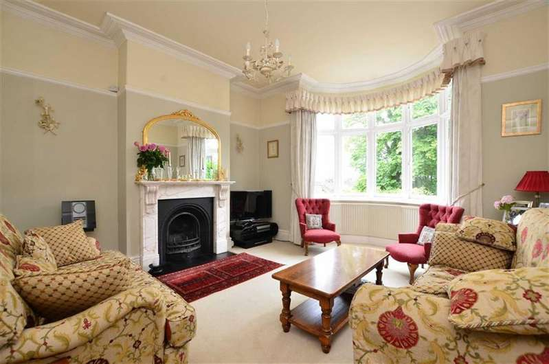 6 Bedrooms Semi Detached House for sale in Tom Lane, Sheffield, Yorkshire