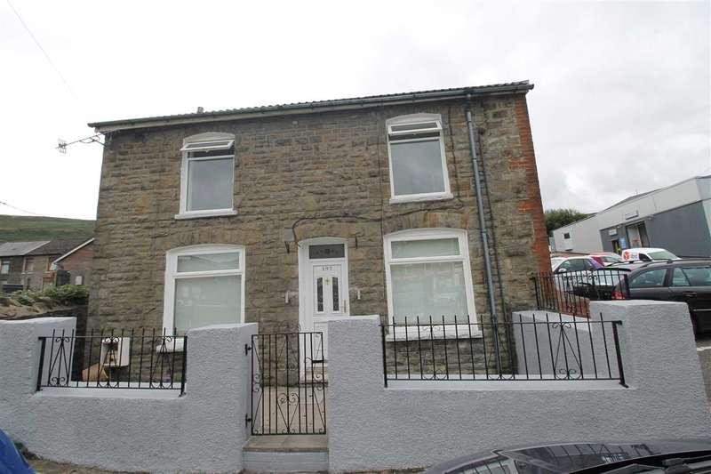 3 Bedrooms Detached House for sale in Gelli Road, Pentre