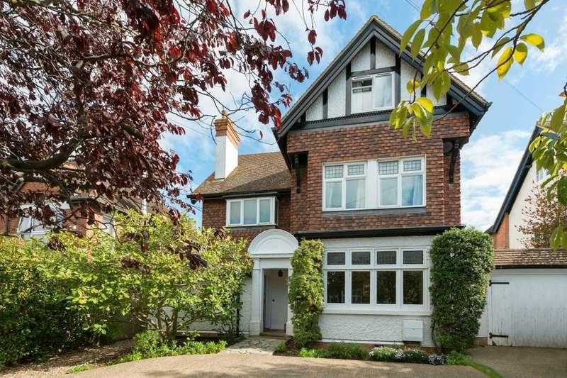 6 Bedrooms Detached House for sale in Julian Road, Folkestone, CT19