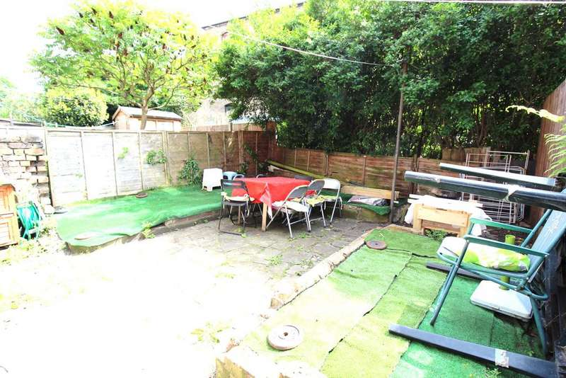 2 Bedrooms Maisonette Flat for sale in Deacon Road, Willesden, London NW2 5NJ