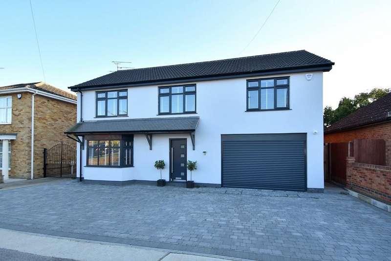 5 Bedrooms Detached House for sale in Valley Road, Ipswich, IP4 3AJ