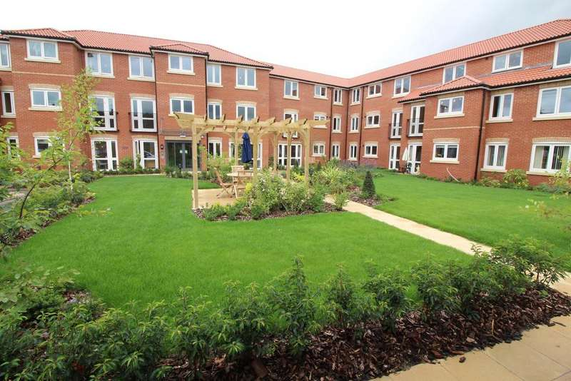 1 Bedroom Flat for sale in New Pooles Lodge, Fishponds, Bristol, BS16 4FB