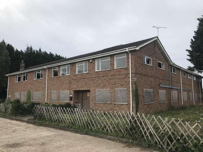 4 Bedrooms Land Commercial for sale in Crescent House Adjoining Land, Otterham Quay Lane, Rainham, Gillingham, Kent