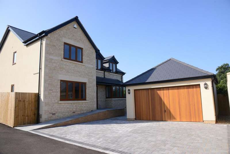 4 Bedrooms Detached House for sale in Rear Of, 39 Court Farm Road, Longwell Green, BS30 9AD