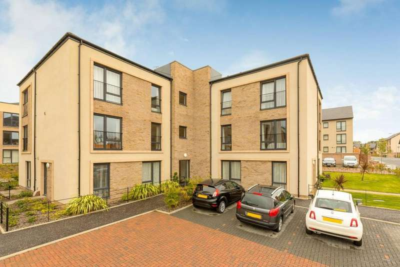 2 Bedrooms Flat for sale in Flat 6, 61 Lowrie Gait , South Queensferry, EH30 9AB