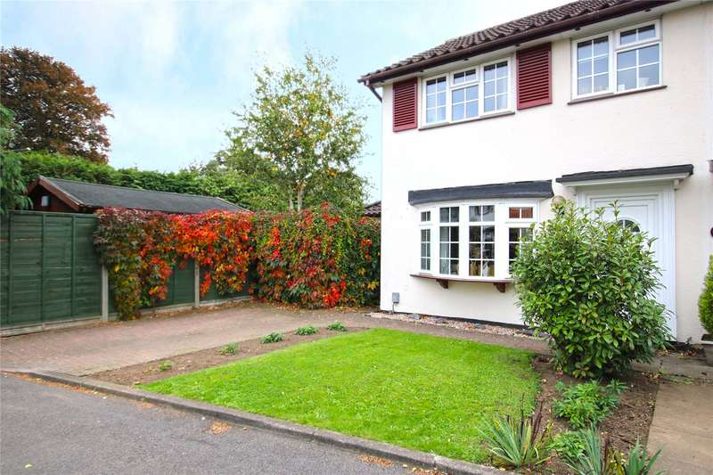3 Bedrooms End Of Terrace House for sale in Granville Close, Byfleet, West Byfleet, Surrey, KT14