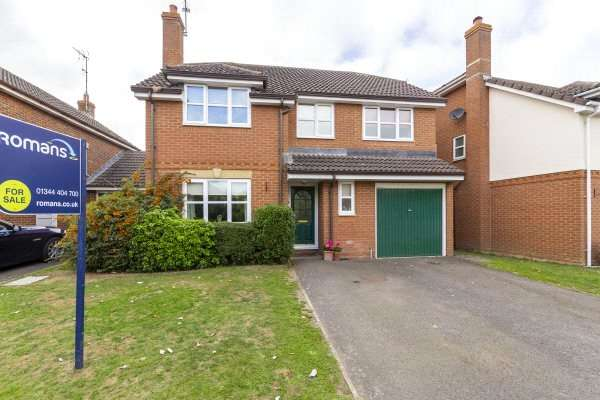 4 Bedrooms Detached House for sale in Culvercroft, Binfield, Bracknell