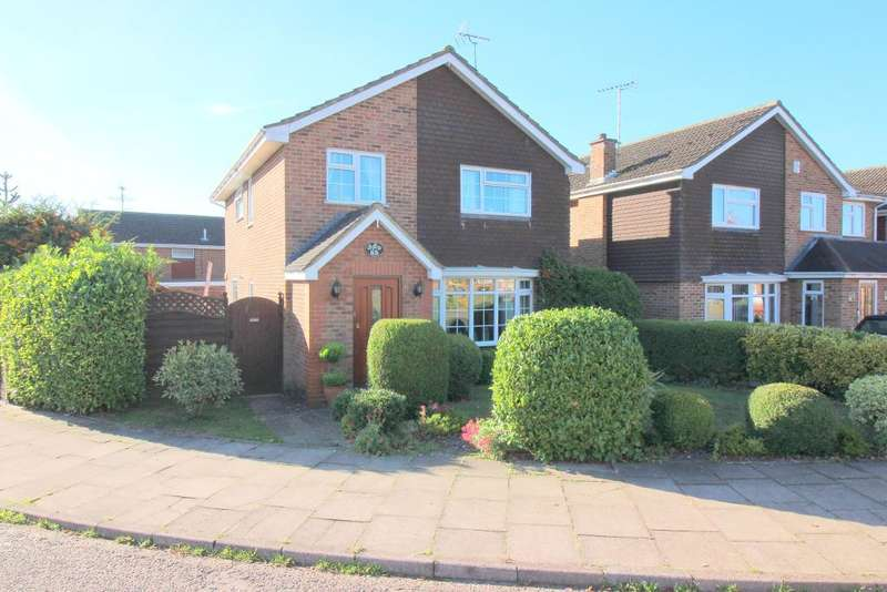 4 Bedrooms Detached House for sale in Ringwood Road, Luton, Bedfordshire, LU2 7BG