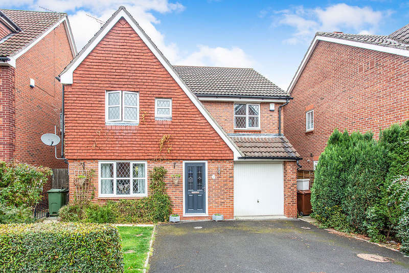 4 Bedrooms Detached House for sale in Royal Birkdale Way, Normanton, WF6