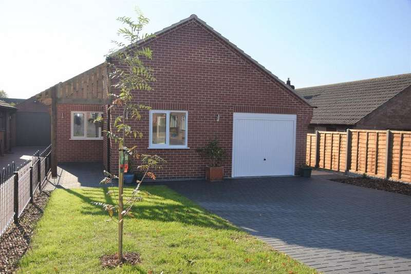 3 Bedrooms Bungalow for sale in Woodcote, Ashby De La Zouch, LE65