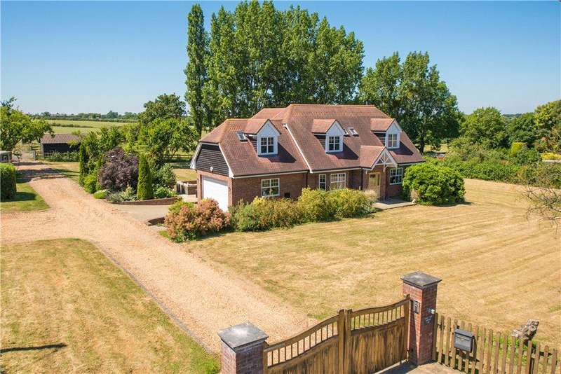 4 Bedrooms Detached House for sale in Renhold Road, Wilden, Bedford, Bedfordshire