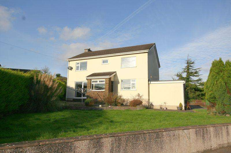 4 Bedrooms Detached House for sale in Talwrn, Anglesey