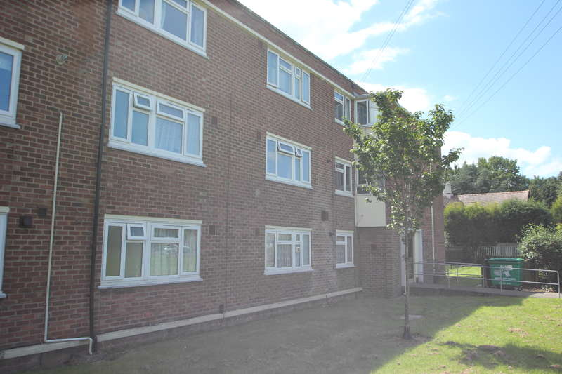 2 Bedrooms Flat for sale in Station Road, Henbury, Bristol BS10 7LY