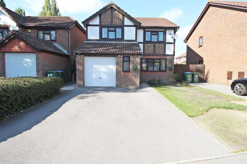4 Bedrooms Detached House for sale in Rothschild Close, Woolston, Southampton, SO19 9TE