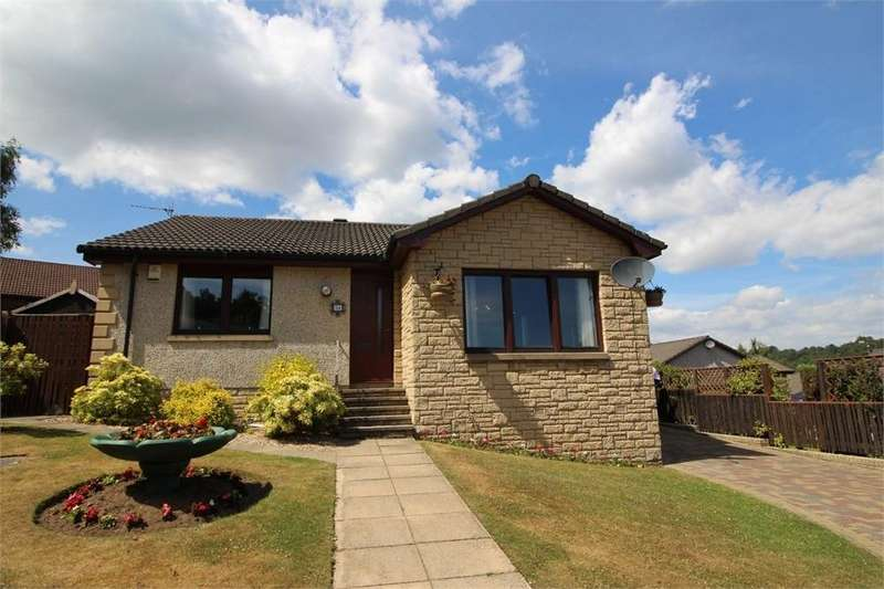 3 Bedrooms Detached Bungalow for sale in Dunrobin Road, KIRKCALDY, Fife