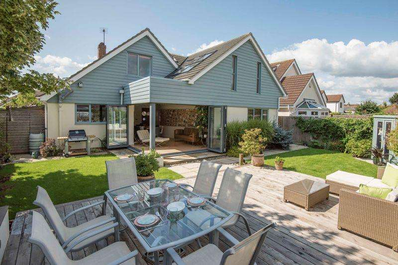 4 Bedrooms Detached House for sale in Hill Head Road, Hill Head, PO14