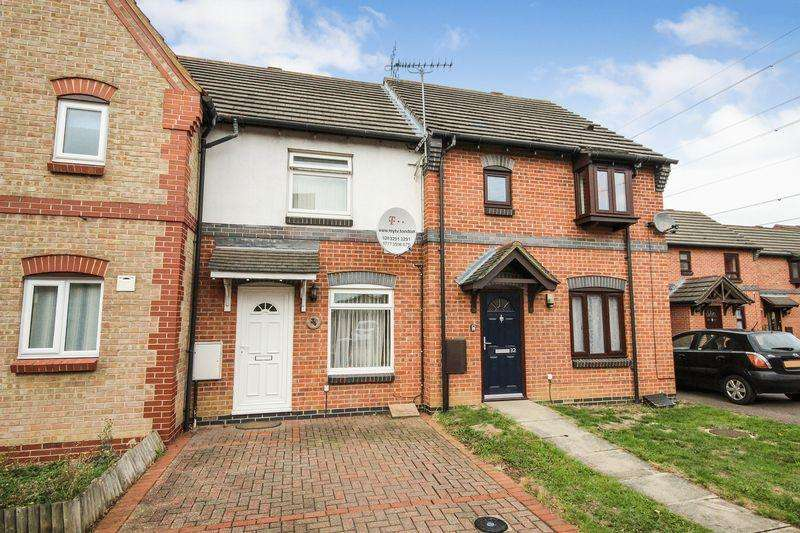 2 Bedrooms Terraced House for sale in Burridge Close, Marston Moretaine