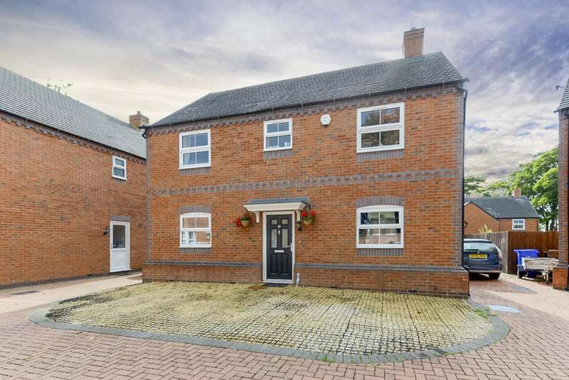 4 Bedrooms Detached House for sale in Properties for Sale