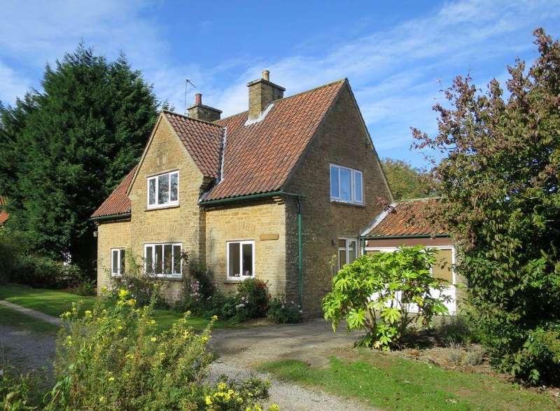 3 Bedrooms Detached House for sale in Kew Cottage, Wiganthorpe, Terrington YO60 6NU