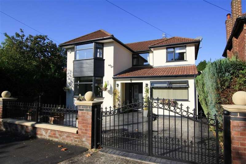 4 Bedrooms Detached House for sale in Newlyn Drive, Sale