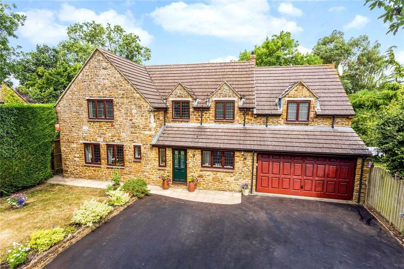 5 Bedrooms Detached House for sale in Brook Street, Moreton Pinkney, Daventry, Northamptonshire, NN11