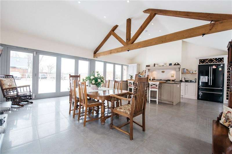 4 Bedrooms Barn Conversion Character Property for sale in Lower Dean, Huntingdon, Cambridgeshire