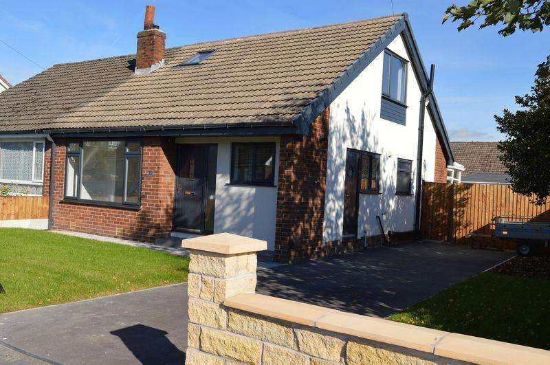 4 Bedrooms Semi Detached Bungalow for sale in Wensley Road, Lowton, WA3 2AY