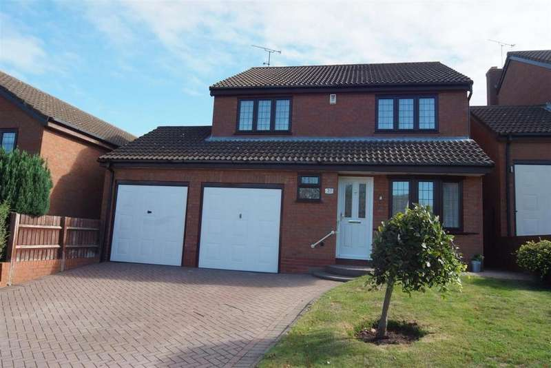 4 Bedrooms Detached House for sale in Peregrine Drive, Coventry