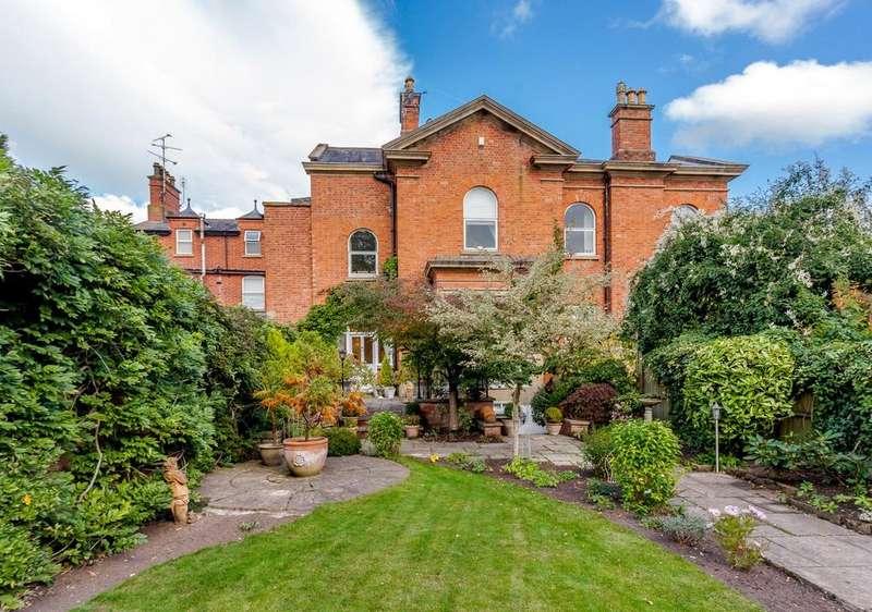 4 Bedrooms House for sale in Burton, Rossett