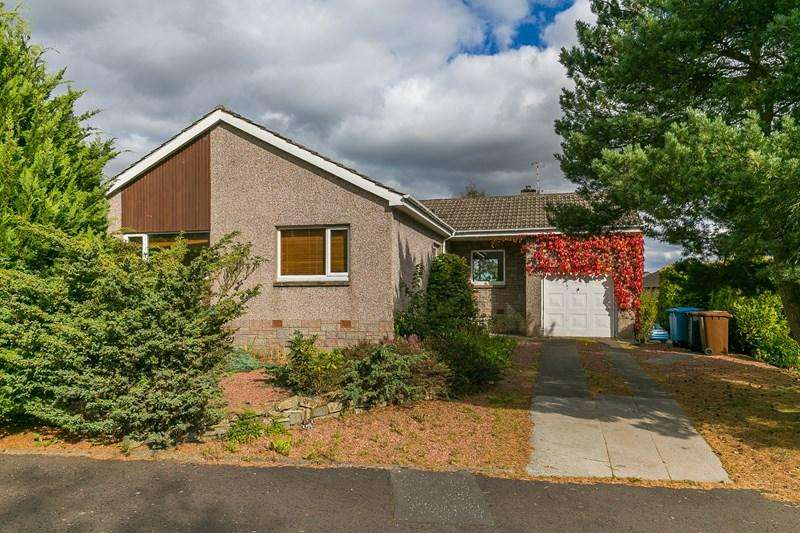 4 Bedrooms Property for sale in 18 Mauricewood Rise, Penicuik, Midlothian, EH26 0BL