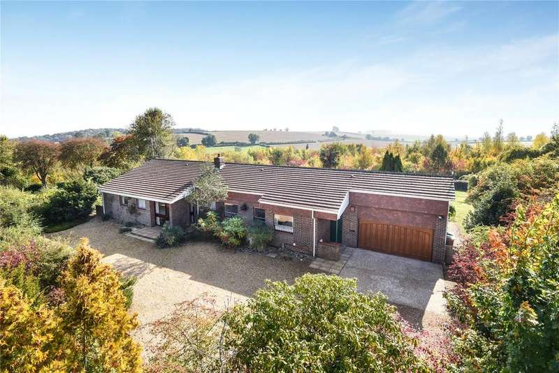 4 Bedrooms Detached House for sale in Malthouse Close, Easton, Winchester, Hampshire, SO21