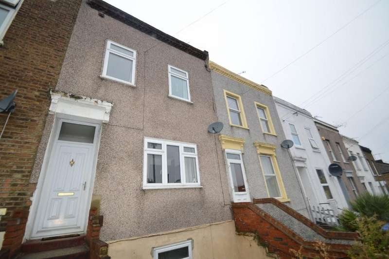 3 Bedrooms Town House for sale in Waverley Road, Plumstead, London SE18