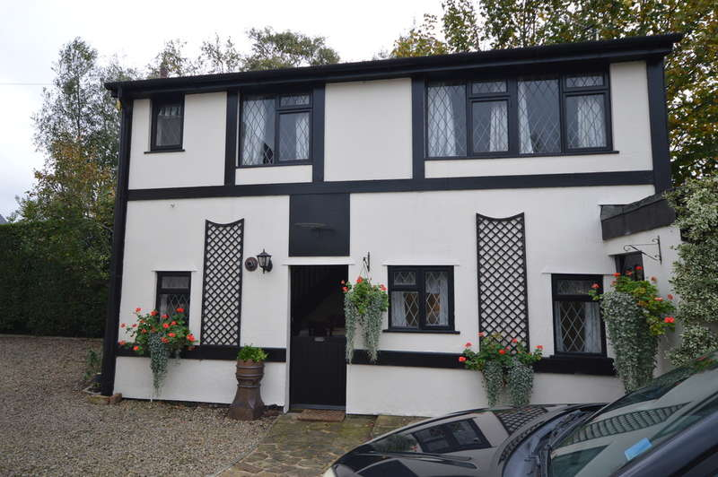 2 Bedrooms Cottage House For Rent In Kitty Lane Marton Moss Blackpool