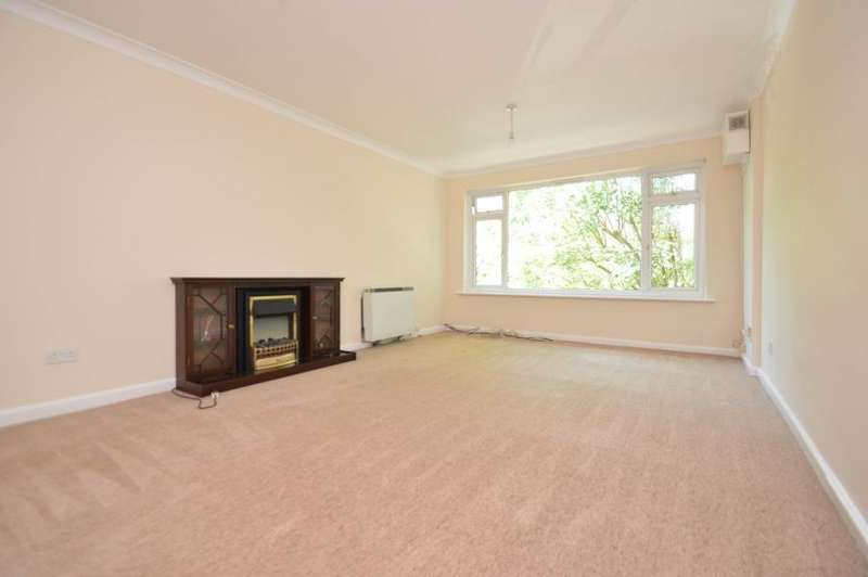 2 Bedrooms Apartment Flat for sale in Upton Park, Slough